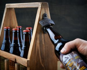 handmade wooden beer tote craft beer gift beer lovers_1